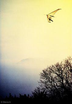 Hang-gliding by Steve-h, Killiney Hill, Co. Dublin via Flickr