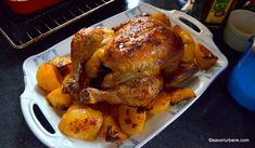 Pui fript la cuptor reteta simpla - cum se face friptura de pui rumena si frageda? | Savori Urbane Turkey, Meat, Dinner, Recipes, Buffalo Chicken, Food, Chicken Wings, Dining, Turkey Country