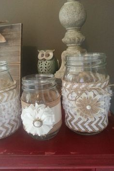 Mason jars::DIY- LOVE the chevron burlap!