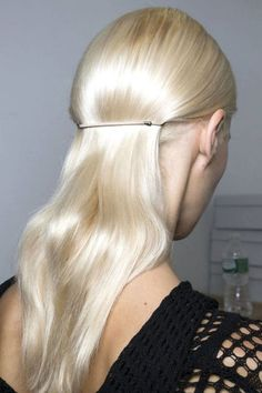 Hair Accessories Best Spring 2015 Runway Hair Trends - Top Hairstyles For Spring - Harper's BAZAAR - Start growing out your bobs and lobs because long hair is back and it's cooler than ever. Here, our favorite trends from the Spring 2015 shows. 2015 Hairstyles, Pretty Hairstyles, Wedding Hairstyles, Fashion Hairstyles, Updo Hairstyle, Medium Hairstyles, Artist Makeup, Runway Hair, Good Hair Day