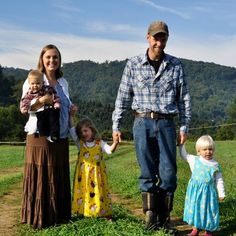 Cory Bryk (USMC) was recently awarded with a Bob Woodruff Farming Fellowship through the FVC Fellowship Fund. Cory owns and operates New Life Farm in Boone, NC, where he raises vegetables, herbs, cut flowers and mixed poultry. If you live in the Boone area, please make sure to seek out New Life Farm produce and poultry!