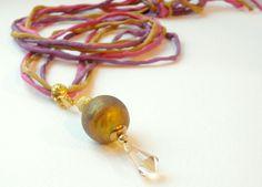 Glasanhänger - Kette, Lampworkanhänger, Seidenband, S - ein Designerstück von schoenseh bei DaWanda