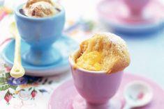 Cakejes met lemon curd in een eierdo: op en top Pasen! Recept - Allerhande