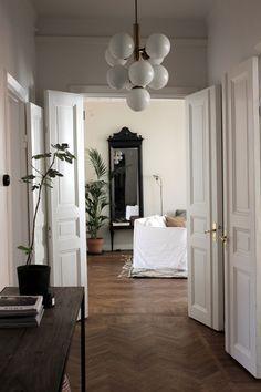 Kardashian Home Interior .Kardashian Home Interior Home Interior Design, Interior Architecture, Interior And Exterior, Interior Decorating, Decorating Games, Diy Interior, Decorating Websites, Interior Paint, Decoration Design