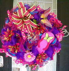 Flip Flop Summer Wreath, Deco Mesh Wreath, Door Hanger, Summer Decoration, Front Door Wreath, Butterfly by OccasionsBoutique on Etsy