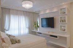 Room decor quarto clean 19 Ideas for 2019 Home, Home Bedroom, Bedroom Interior, Bedroom Design, Luxurious Bedrooms, Tv In Bedroom, Master Bedrooms Decor, Bedroom Decor, Bedroom Tv Wall
