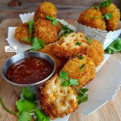 Spicy Mac And Cheese Balls recipe by Thecooksisterblog