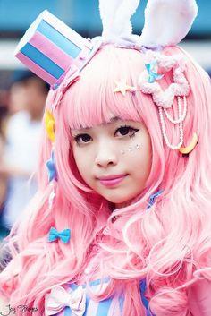 Fille • fairy kei • rose • bleu • haut-de-forme