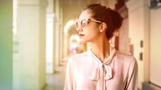 8 Completely Irresistible Personality Traits Of A Classy Lady - MetDaan Tips For Thick Hair, Classy Women Quotes, Etiquette And Manners, Confident Woman, Successful Women, Elegant Woman, Boss Lady, Woman Quotes, Role Models