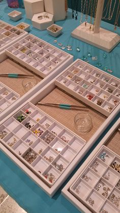 A nice simple way to display your Origami Owl pieces at an event.