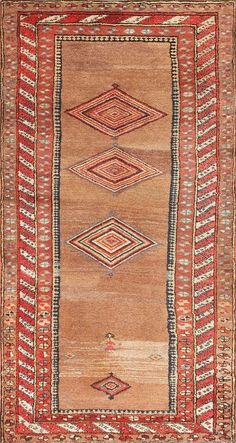 Antique #Kurdish rug design. Very simple, using harmonic colors in a very flat way.