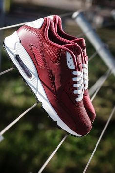 189 Best Sneakers Fashion images in 2020 | Sneakers fashion