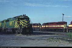 RailPictures.Net Photo: MKT 185 Missouri, Kansas & Texas Railroad (Katy) EMD GP40 at Dolton, Illinois by Glenn Courtney