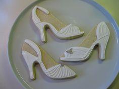 wedding shoe cookies...SO cool!!!