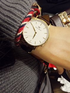 Style your wrist in winter with a light luxury WellyMerck watch.