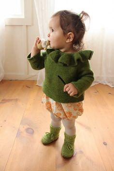 Ravelry: melodylisa's moss green collar sweater