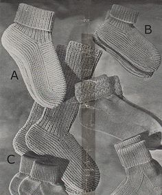 Ravelry: Lady's and Child's Bed Socks pattern by Patons Australia - free knitting pattern