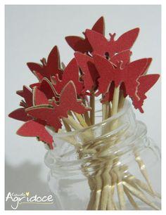 Kit com 20 toppers de borboletas vermelhas.  Valor do kit: 13,00. R$ 13,00