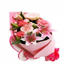 The most unique and best personalized wedding gifts for the perfect couple. Add your message of love and congratulations! Send Online Gifts to Your Love in Pakistan. #anniversarygifts, #weddingpresentideas, #weddinggiftideas, #bestweddinggifts,