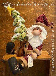 Christmas Crafts To Make, Christmas Star, Primitive Christmas, Christmas Music, Country Christmas, Holiday Crafts, Christmas Decorations, Christmas Ornaments, Holiday Decor