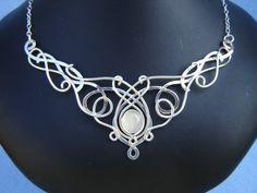 Elnara Niall - SilverMoon Necklace