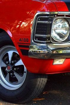 Chevrolet Opala Wallpapers American muscle cars are actually commonplace in a car industry for decades. Chevrolet Ss, Chevy, Chevrolet Wallpaper, High Performance Cars, Rear Wheel Drive, American Muscle Cars, General Motors, Car Pictures, Old Cars