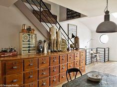 Can it get more French Industrial Chic than this? Un meuble de quincaillier des années 1940, via Mon Cahier Deco