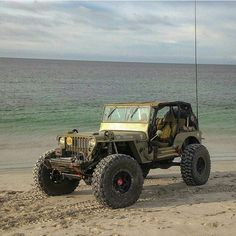 Dirty Jeep Girls, Killer old Jeep build!