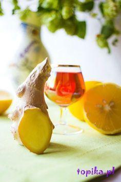 Topika: Nalewka imbirowo-cytrynowa Cocktail Desserts, Cocktail Drinks, Cocktail Recipes, Alcoholic Drinks, Yummy Drinks, Healthy Drinks, Coconut Curry Soup, Irish Cream, Smoothie Drinks