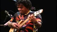 Victor Wooten - U Can't Hold No Groove BASS DAY '98