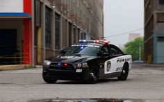 Dodge Charger Pursuit police car - Motor Trend