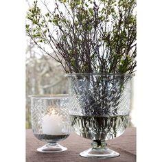Windlichter aus Glas für Kerzen oder als Vase geeignet.
