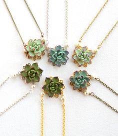 Succulent Jewelry | Emmaline Bride