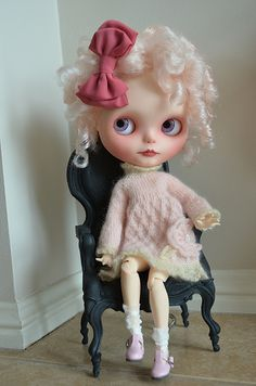 PINK BOW | Flickr - Photo Sharing!  Too cute! I love the curls!