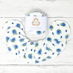 Upcycled Cotton Facial Rounds Set of 10 / Face Cloth / Make-up Remover / Reusable Cotton Pads / Facial Scrubbies / Washable Cotton Pads by GingerGreenCo on Etsy Cotton Pads, Cotton Towels, Menstrual Pads, Cloth Pads, Make Up Remover, Eye Makeup Remover, Biodegradable Products, Organic Cotton, Upcycle