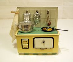 ALTER PUPPENHERD > US-Zone 50er Jahre > Puppenstube Puppenhaus | eBay