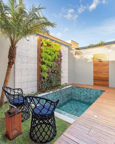 outdoor living space with pool - outdoor living space Small Swimming Pools, Small Pools, Swimming Pools Backyard, Swimming Pool Designs, Pool Landscaping, Indoor Swimming, Lap Pools, Indoor Pools, Pool Decks
