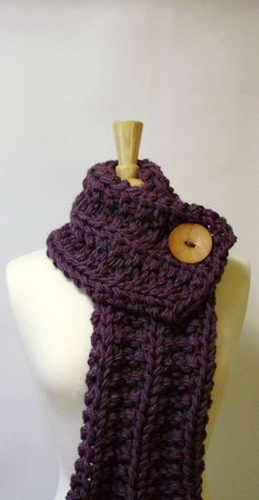 chunky knit scarf with big wood button