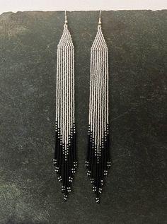 Lengthy earrings with Ombr beads silver black Native American seed beads glass shoulder dusters white ethnic earrings Boho present Seed Bead Jewelry, Seed Bead Earrings, Fringe Earrings, Diy Earrings, Seed Beads, Silver Earrings, Beaded Jewelry, Jewelry Findings, Hoop Earrings