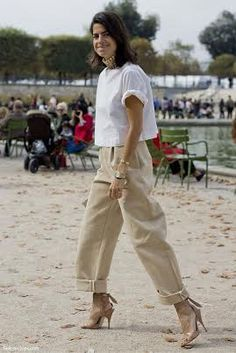 Leandra Medine rolls up her sleeves to everyday elegance with loose fitting khaki's and boxy shirt.  Be inspired and shop here: http://rstyle.me/n/r4hinbgbrf