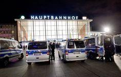 Silvesternacht in Köln: Polizei hält massenhafte Übergriffe nicht für geplant - SPIEGEL ONLINE - Panorama