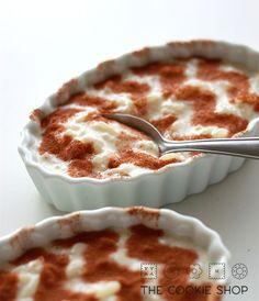 Arroz doce com leite condensado. | 14 formas de fazer o arroz da sua geladeira parecer comida de restaurante
