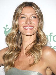 Gisele's luminous complexion brings this neutral look to another level. First, apply a sheer base, like Stila Sheer Color Tinted Moisturizer—if you have freckles, they should still peek through. We imagine Gisele's skin might have a lit-from-within glow naturally, but a few strategic dabs of a highlighter, like Revlon PhotoReady Skinlights Face Illuminator, gives us mortals the same result: Dab it on the apples of your cheeks, the tip of your nose, your chin, and above your brows, says ...