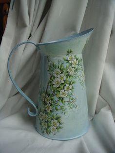Garden of Decoupage: Apple Blossom Jug Decoupage Art, Decoupage Vintage, Service Assiette, Painted Milk Cans, Spring Painting, Tole Painting, Vintage Labels, Bottle Crafts, Flower Pots