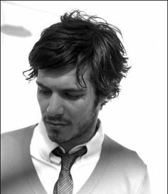 Adam Brody For Premiere. The latest gossip & chat on Adam Brody For Premiere Beautiful Celebrities, Gorgeous Men, Beautiful People, Posh People, Adam Brody, Hot Guys Tattoos, Male Fitness Models, Latest Gossip, Shirtless Men