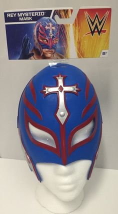 Rey mysterio wearing blue mask with arms crossed full for Rey mysterio mask coloring pages