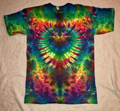 Your place to buy and sell all things handmade Cool Tie Dye Patterns, Diy Tie Dye Shirts, Diy Shirt, Tie Dye Crafts, Diy Crafts, Sharpie Tie Dye, Cut Up Shirts, Butterfly Shirts, Diy Tank