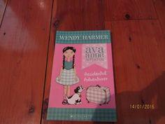 Ava Anne Appleton - Accidental Adventurer by Wendy Harmer Adventurer, Ava, Cover, Books, Free, Libros, Book, Book Illustrations