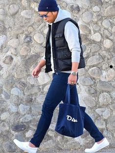 Men's Black Quilted Gilet, Grey Hoodie, Navy Skinny Jeans, White Canvas Slip-on Sneakers Big Men Fashion, Best Mens Fashion, Urban Fashion, Winter Outfits Men, Casual Outfits, Men Casual, Mens Down Vest, Beard Styles For Men, Italian Fashion