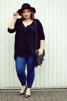 Plus size basics under 20€ for beautiful curves!  Check my blog www.conquore.com